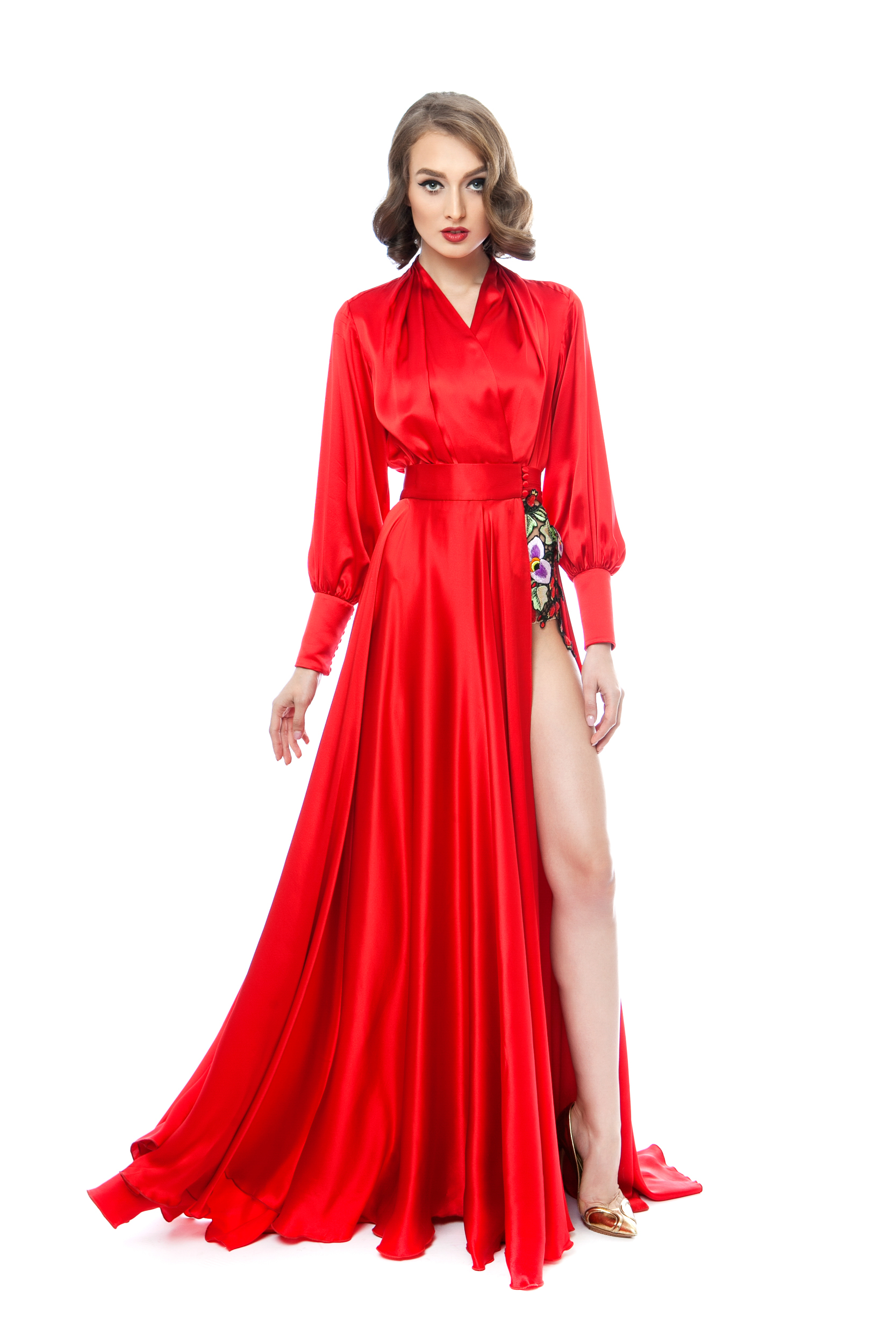 Satin silk evening gown with handmade embroidery | Rozalia Bot